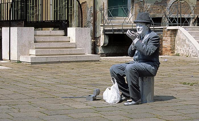 Venedig San Marco: Straßenkünstler Charlie Chaplin
