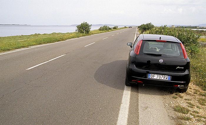 Sardinien Straßendamm zwischen Sant' Antioco und San Giovanni