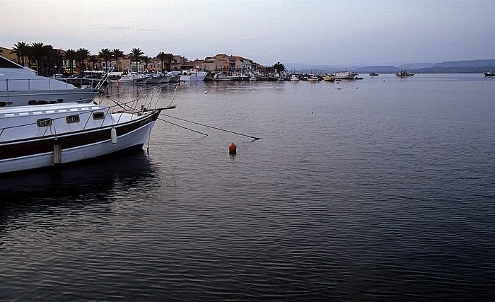 Sant' Antioco Hafen