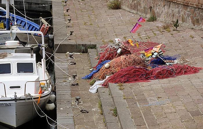 Bosa Fiume Temo: Fischerboot und Fischernetze