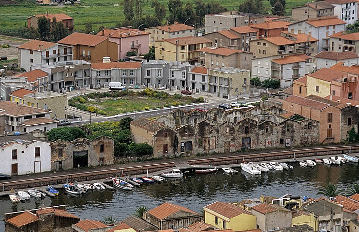 Bosa Blick vom Castello Malaspina (Serravalle): Fiume Temo, historisches Gerbereigebäude Sas Conzas