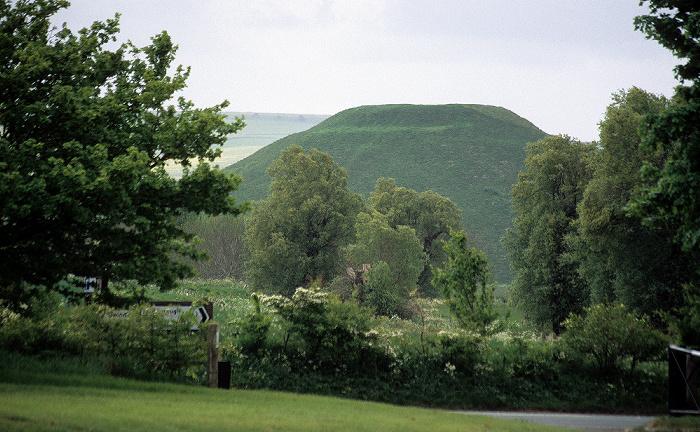 Avebury Silbury Hill