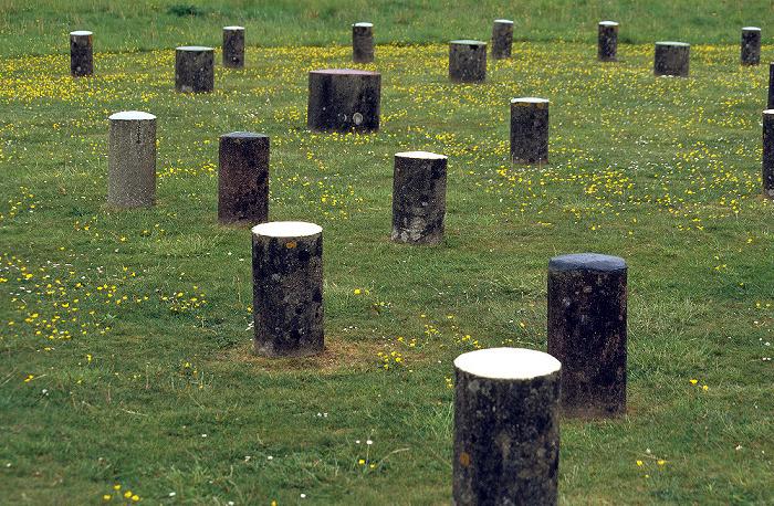 Woodhenge Betonpoller zur Markierung der ehem. Holzpfähle