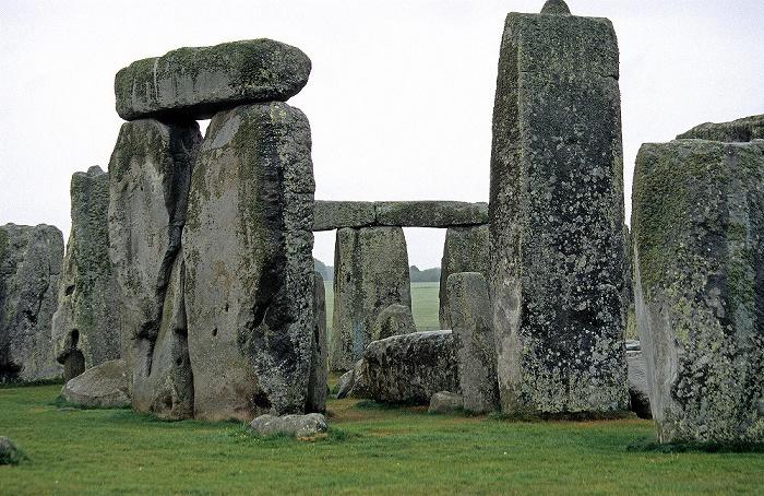 Stonehenge Äußerer Kreis aus Pfeilersteinen, die von Decksteinen überbrückt werden
