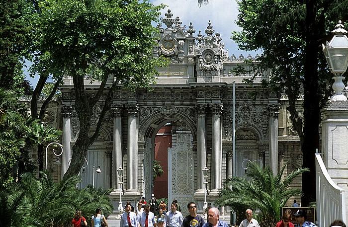 Dolmabahçe-Palast: Eingangstor Istanbul