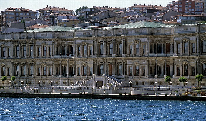 Bosporus: Ciragan-Palast Istanbul