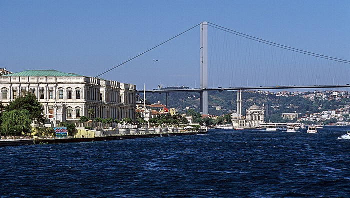 Bosporus: Ciragan-Palast, Bosporus-Brücke, Ortaköy-Moschee Istanbul