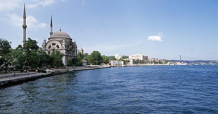 Bosporus: Dolmabahçe-Moschee, Dolmabahçe-Palast, Bosporus-Brücke Istanbul