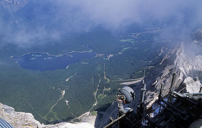 Zugspitze Blick vom Gipfel: Eibsee