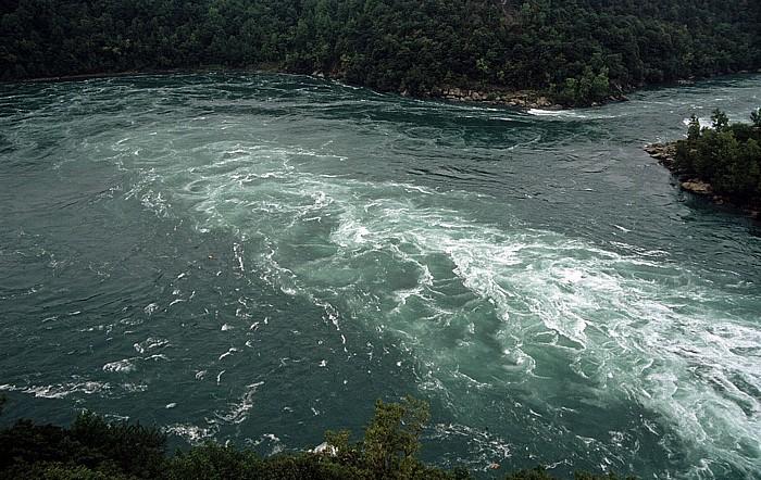 Niagara Falls Blick aus dem Whirlpool Aero Car: Whirlpool (Niagara River)