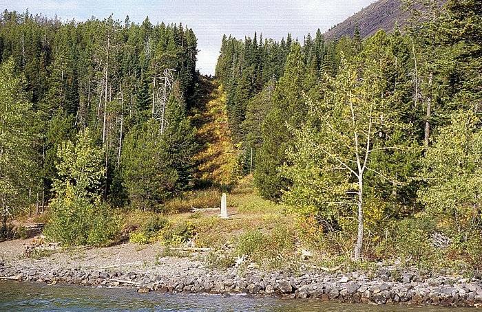 Waterton Lakes National Park Upper Waterton Lake: Westufer