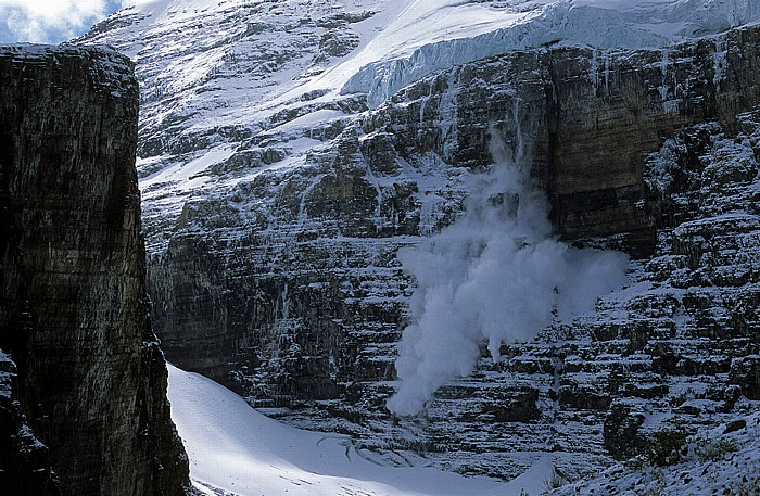 Banff National Park Blick vom Plain of the Six Glaciers: Gletscherabbruch am Mount Victoria Mount Lefroy Victoria Glacier
