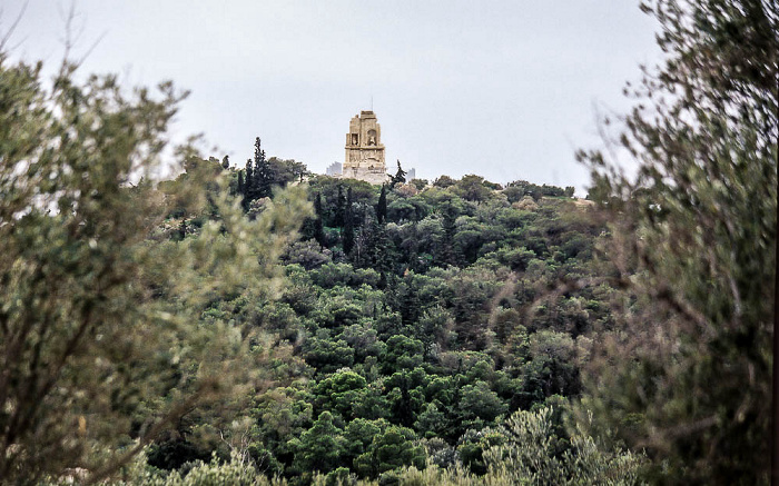 Athen Blick von der Akropolis: Musenhügel mit Philopapposdenkmal