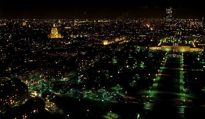 Paris Blick vom Tour Eiffel (Eiffelturm) nach Osten Invalidendom Marsfeld Militärschule Notre-Dame de Paris Tour Montparnasse