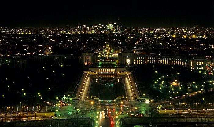 Paris Blick vom Tour Eiffel (Eiffelturm) nach Nordwesten La Défense Palais de Chaillot