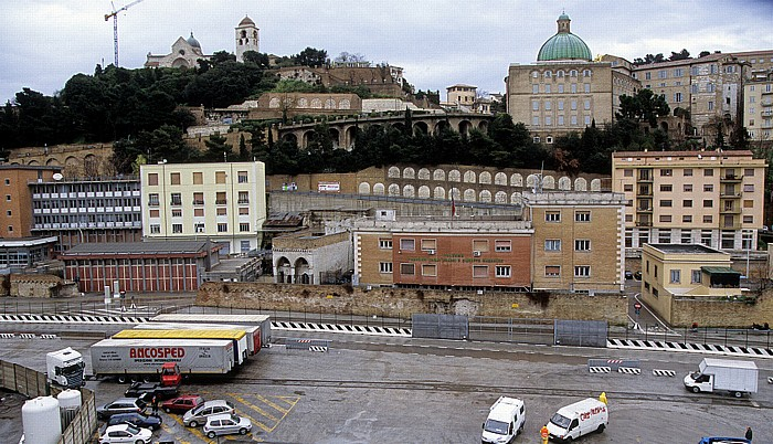 Ancona Hafen Cattedrale San Ciriaco
