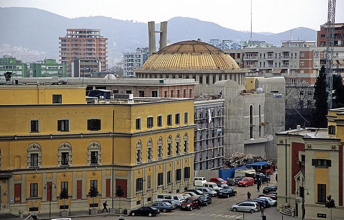 Tirana Blick vom Uhrturm: Auferstehungskathedrale