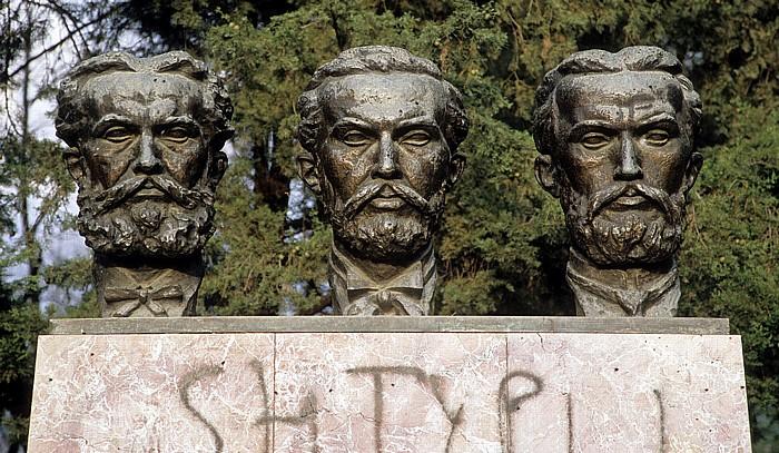 Tirana Großer Park (Parku i Madh): Gedenkstätte für die Gebrüder Frashëri