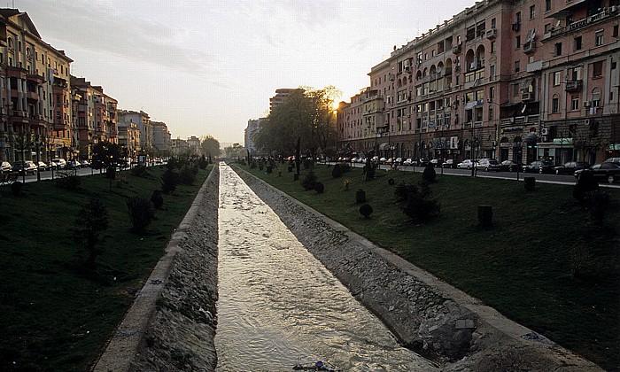 Tirana Blockviertel (Blloku): Lana