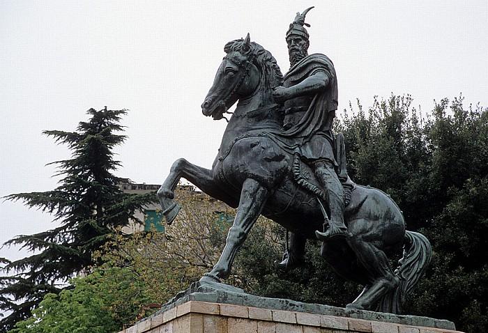 Kruja Skanderbeg-Denkmal