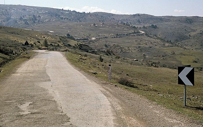 Albanien Straße Korça - Erseka