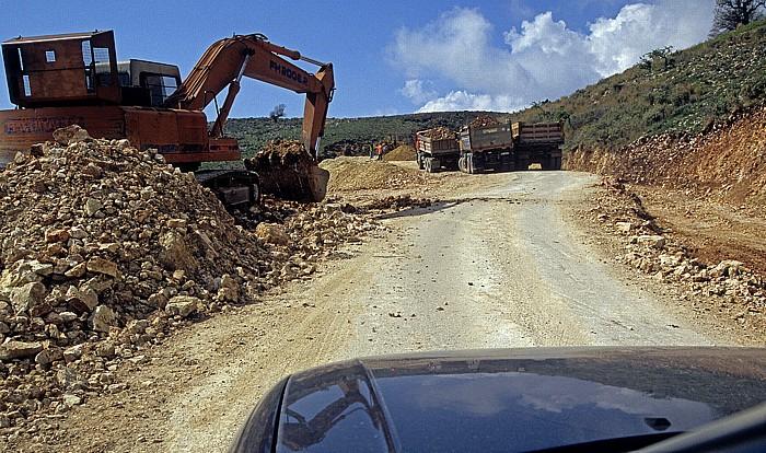 Albanische Riviera Straße Saranda - Vlora: Baustelle