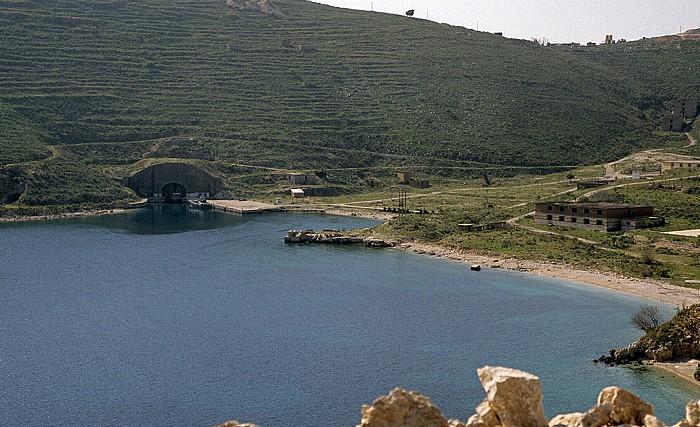 Albanische Riviera Bucht von Porto Palermo (Panormon): U-Boot-Station