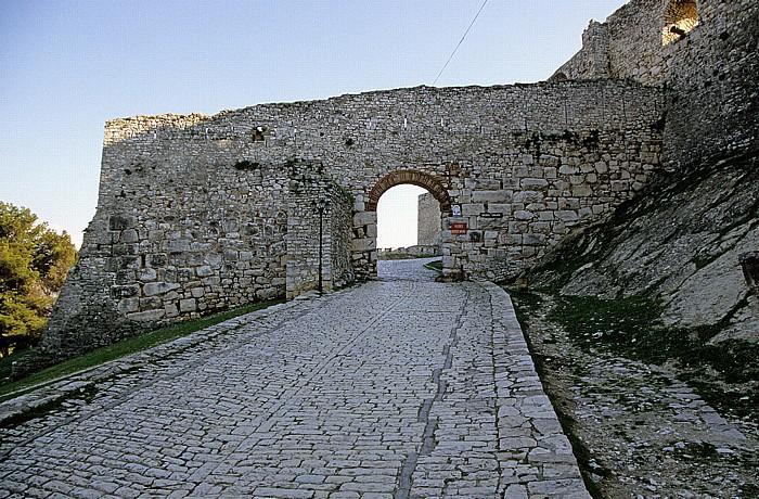 Berat Burg (Kalaja): Haupttor