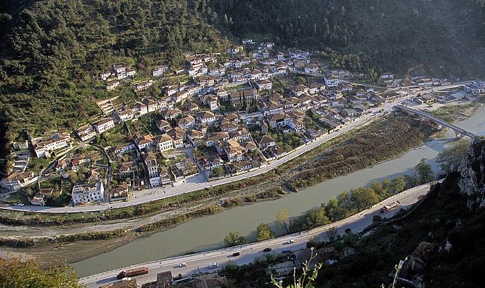 Berat Blick von der Burg (Kalaja): Gorica und Osum