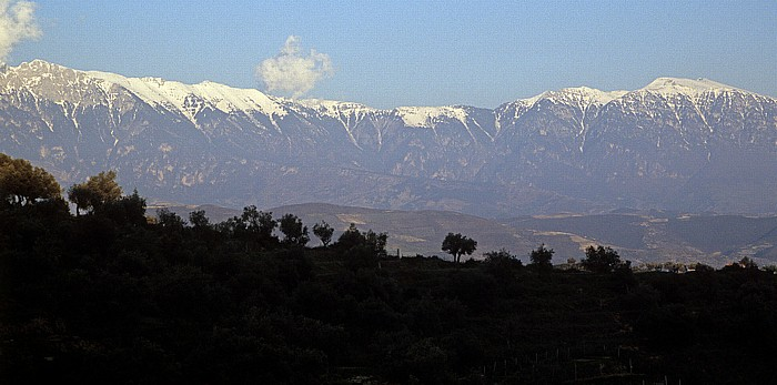 Berat Blick von der Burg (Kalaja): Bergmassiv Tomorr