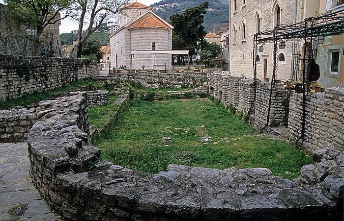 Budva Altstadt Kirche der Heiligen Dreifaltigkeit