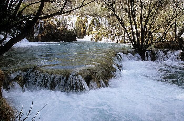 Nationalpark Plitvicer Seen Wasserfälle zwischen Gavanovac und Milanovac