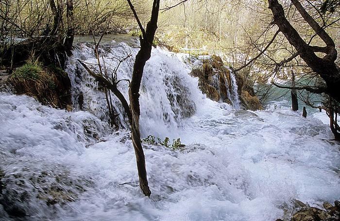 Nationalpark Plitvicer Seen Wasserfall zwischen Gavanovac und Milanovac