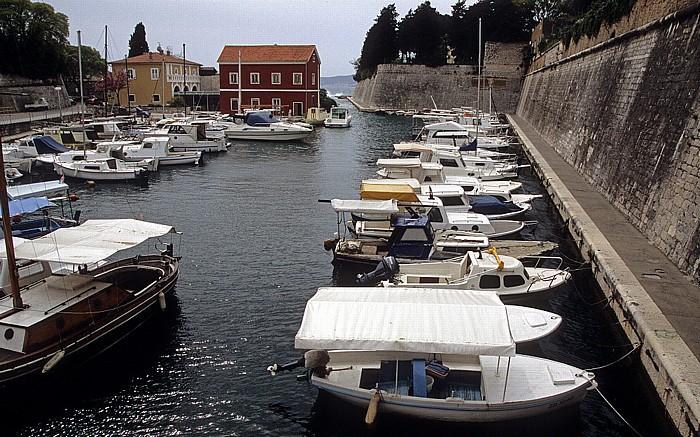 Zadar Hafen Fosa Stadtmauer