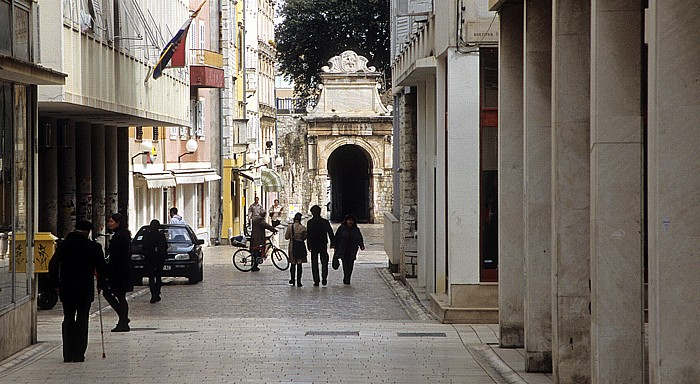 Zadar Altstadt: Gasse zur Porta Marina
