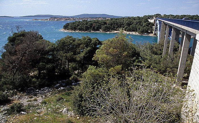 Dalmatien Morinjski most am Eingang zur Morinje-Bucht