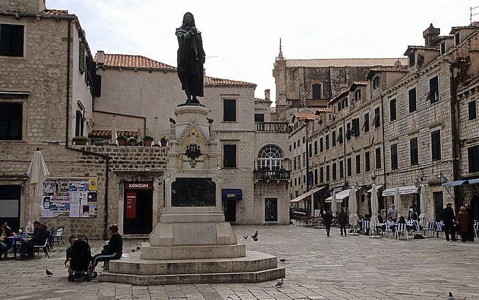 Altstadt (Grad): Marktplatz (Gundulićeva poljana) mit dem Gundulic-Denkmal Dubrovnik