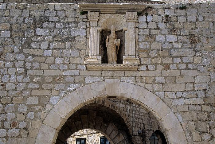 Altstadt: Inneres Ploce-Tor, Stadtmauer Dubrovnik