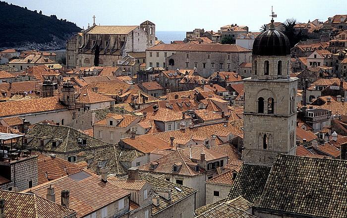 Dubrovnik Altstadt: Blick von der Stadtmauer Franziskanerkloster Lokrum