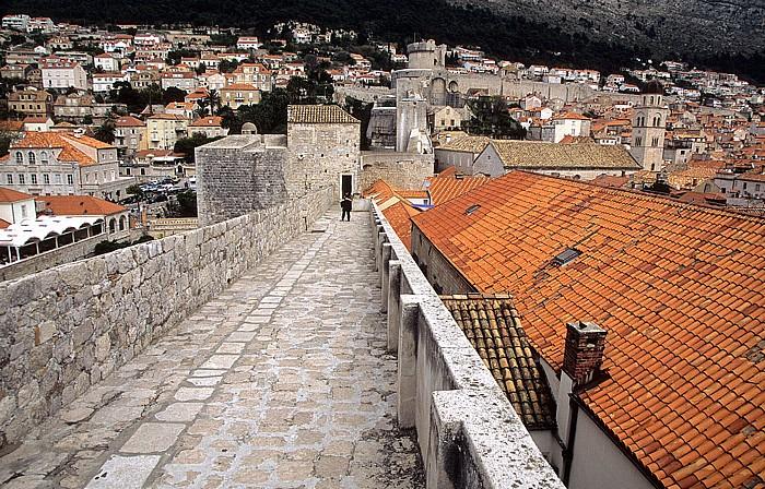 Dubrovnik Altstadt: Stadtmauer Bastion von Pile Domus Christi Festung Minceta Franziskanerkloster