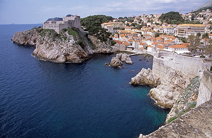 Dubrovnik Altstadt: Blick von der Stadtmauer: Adria, Festung Lovrijenac