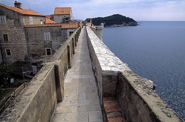 Dubrovnik Altstadt: Stadtmauer Lokrum
