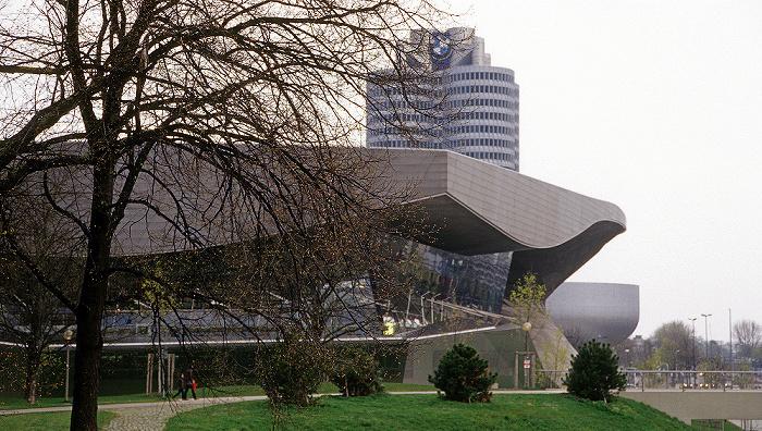BMW Welt, BMW-Hochhaus, BMW-Museum München