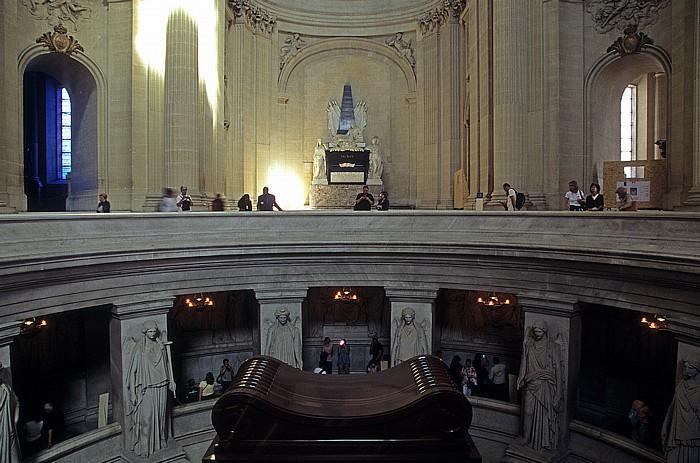 Paris Dôme des Invalides (Invalidendom): Krypta mit dem Sarkophag Napoléons