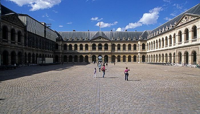 Paris Hôtel des Invalides: Cour d'Honneur (Ehrenhof)