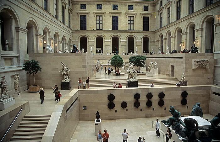 Paris Musée du Louvre: Richelieu-Trakt (Cour Puget)