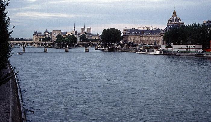 Paris Seine, Pont des Arts Île de la Cité Institut de France Notre-Dame de Paris