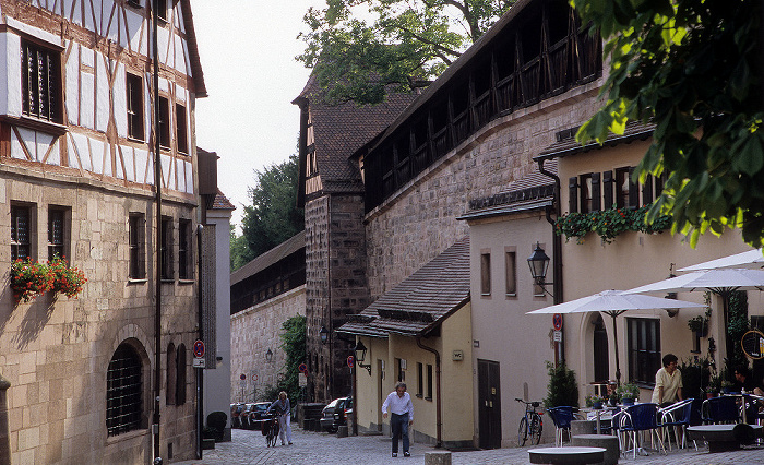 Nürnberg Tiergärtnertorplatz, Neutormauer Albrecht-Dürer-Haus
