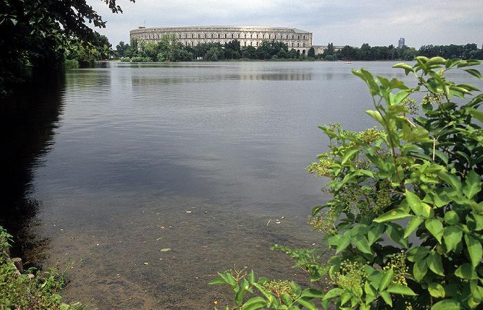 Nürnberg Großer Dutzendteich, Kongresshalle