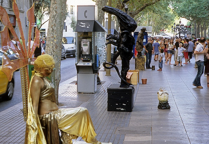 La Rambla (Rambla de Santa Mònica): Straßenkünstler Barcelona